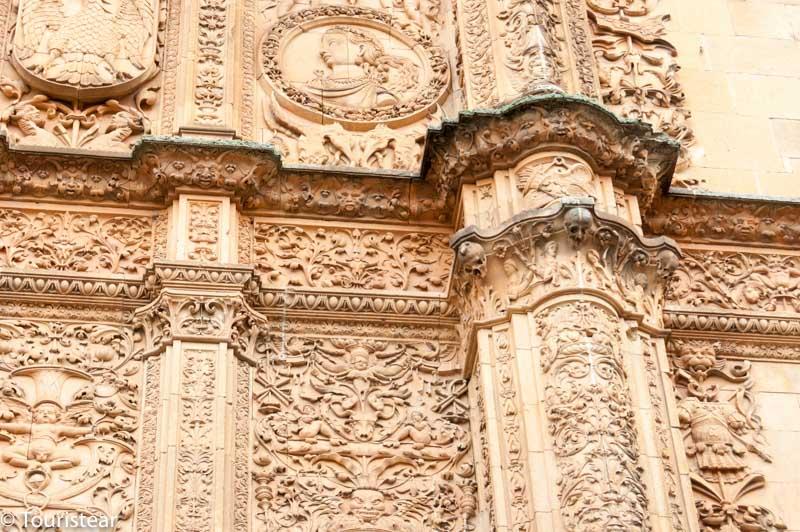 Salamanca, donde está la famosa rana?