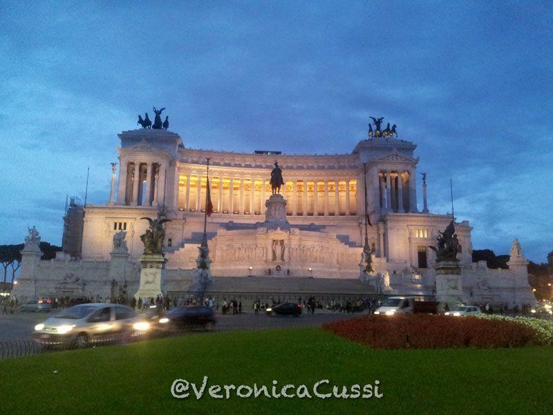 Piazza-Venezia, imprescindibles de roma