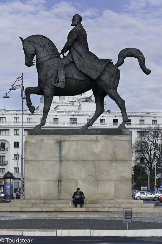 Bucarest estatua carol I
