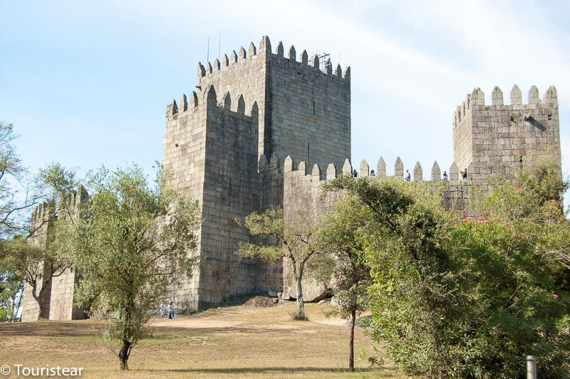 Guimaraes Castle, must visit in guimaraes, Portugal