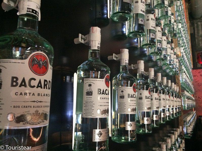 botellas bacardi sitges