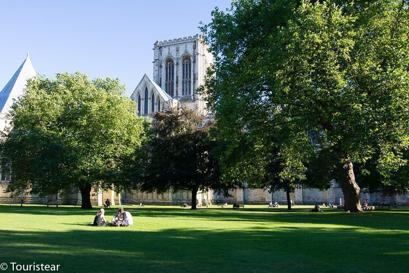 catedral-de-york-jardines. Tramo cambridge - york