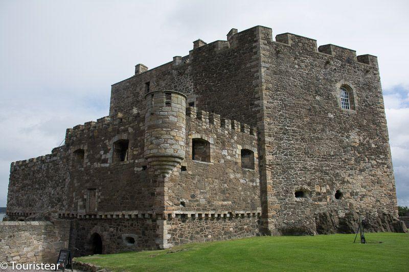 fort william - blackness castle - Outlander