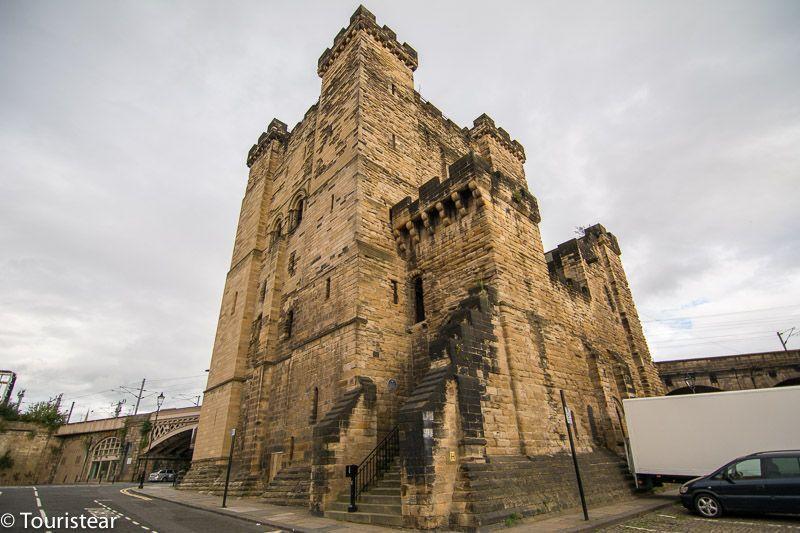 castillo newcastle