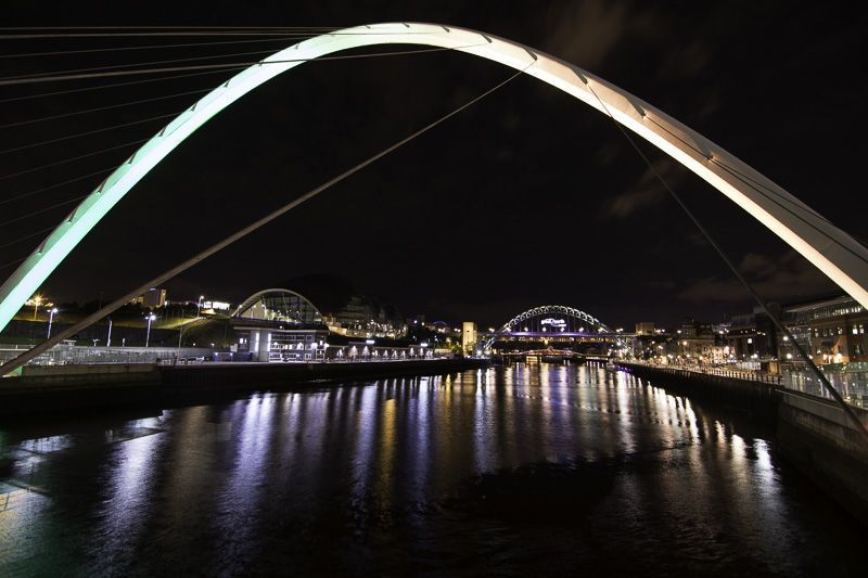 newcastle bridge, gusto restaurant, inglaterra