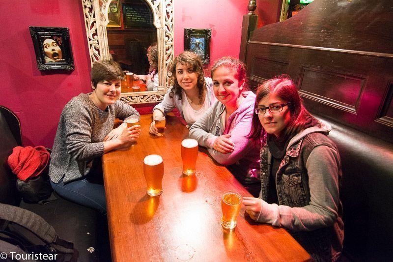 24 hours in Edinburgh, pub labyrinth