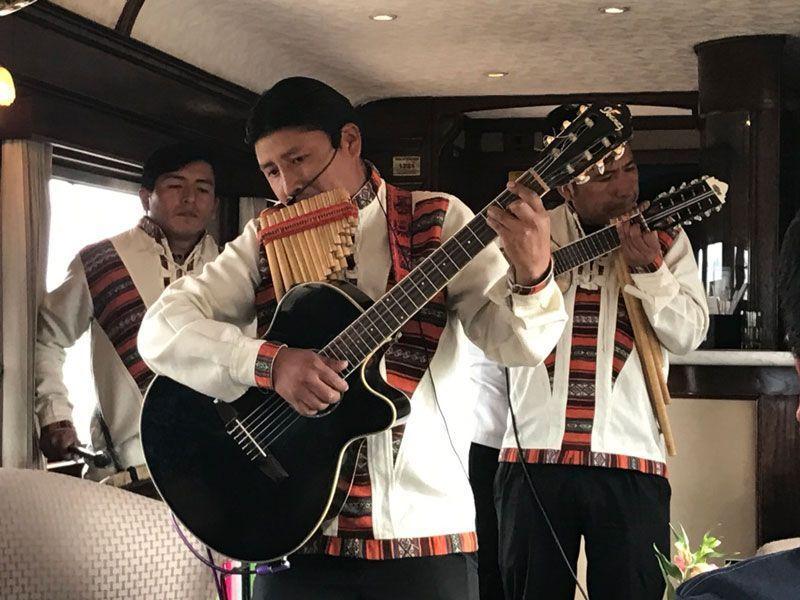 musica tradicional, tren cusco puno