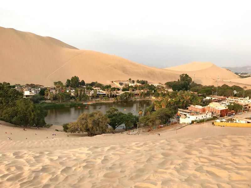 Visitar el Oasis de Huacachina. Buggies y sandboard en Ica, Perú