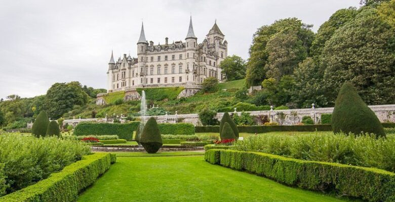 Dunrobin Castle - Castles of Scotland