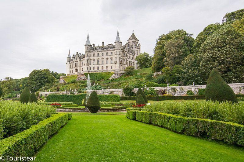 Dunrobin Castle - Castles of Scotland