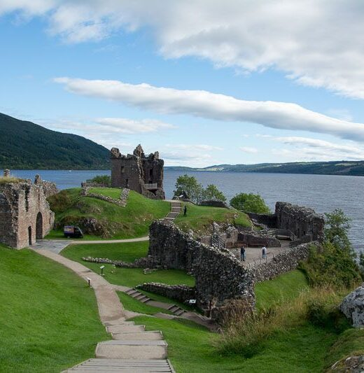 Loch Ness Urquart Castle
