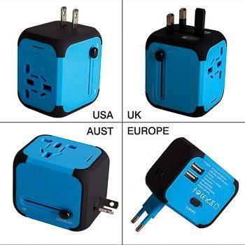 Enchufe universal azul