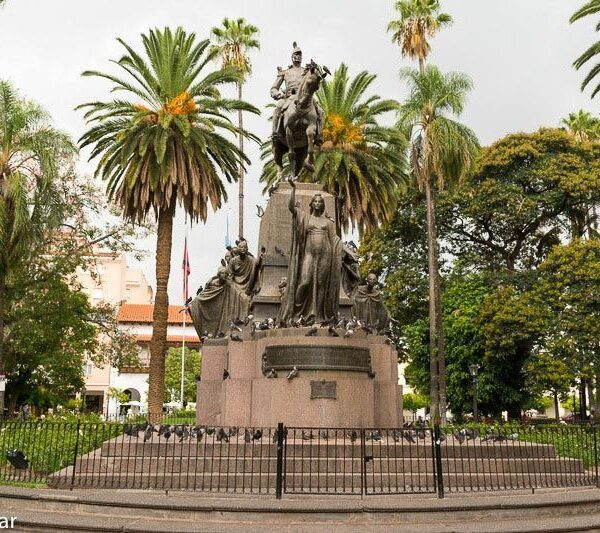 Plaza 9 de Julio, salta, argentina