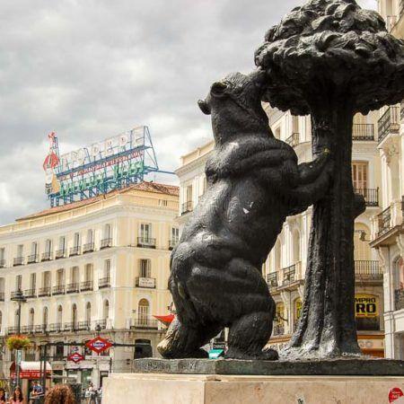 Viajar por Madrid. 7 libros para conocer la capital