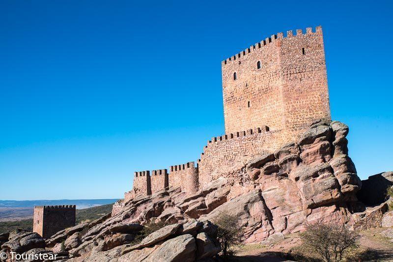 castillo de zafra, geoparque de molina y alto tajo
