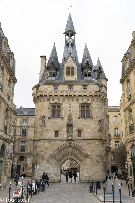 Burdeos, Francia, Itinerario por Francia