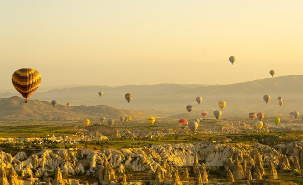 turquia, capadocia, globos aerostaticos al amanecer