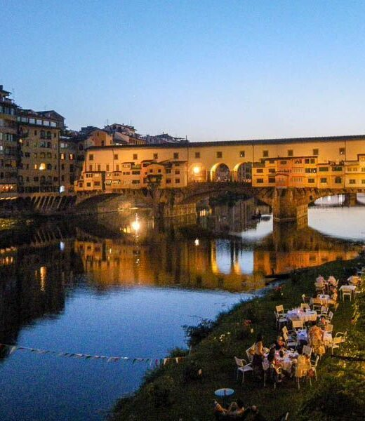 Florence, ponte vecchio at sunset