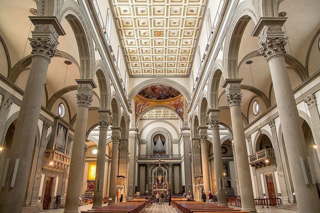 interior de la basilica de san lorenzo en florencia