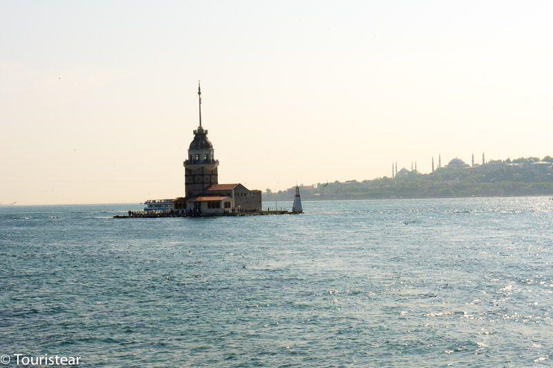 Torre de la Doncella en el lado asiático de Estambul