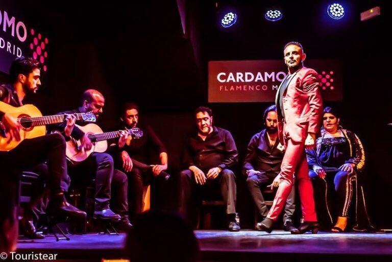 Vivir una experiencia de flamenco en Cardamomo