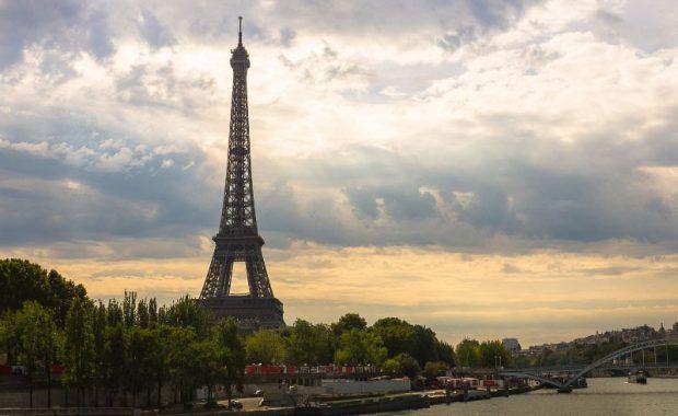 Vista Paris con la torre Eiffel