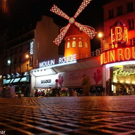 Moulin Rouge de Paris, Francia