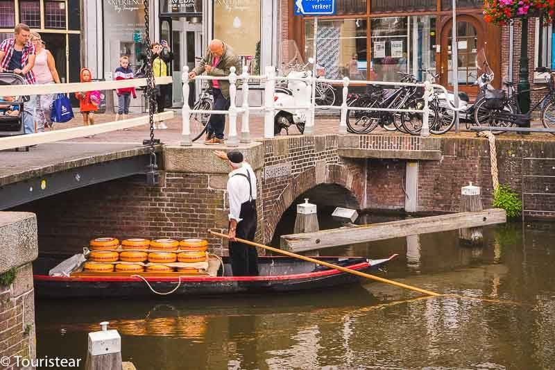 alkmaar channels, alkmaar cheese market, Dutch cheese route
