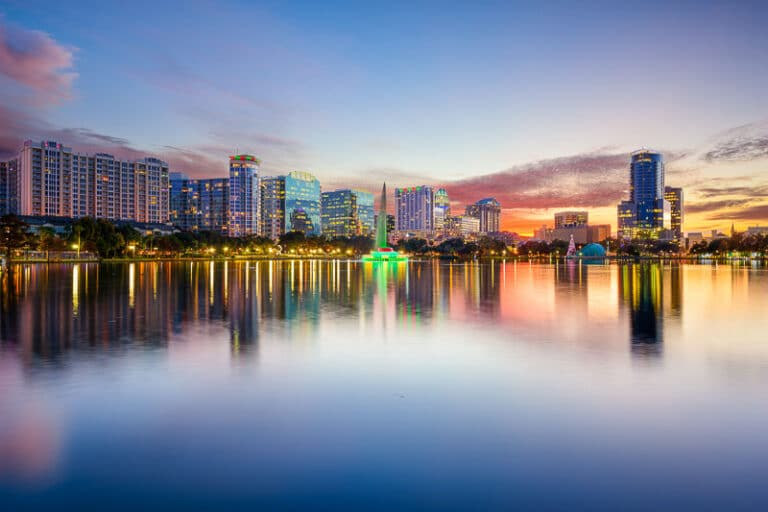 Todo lo que debes saber para asegurar tu coche de alquiler en Orlando