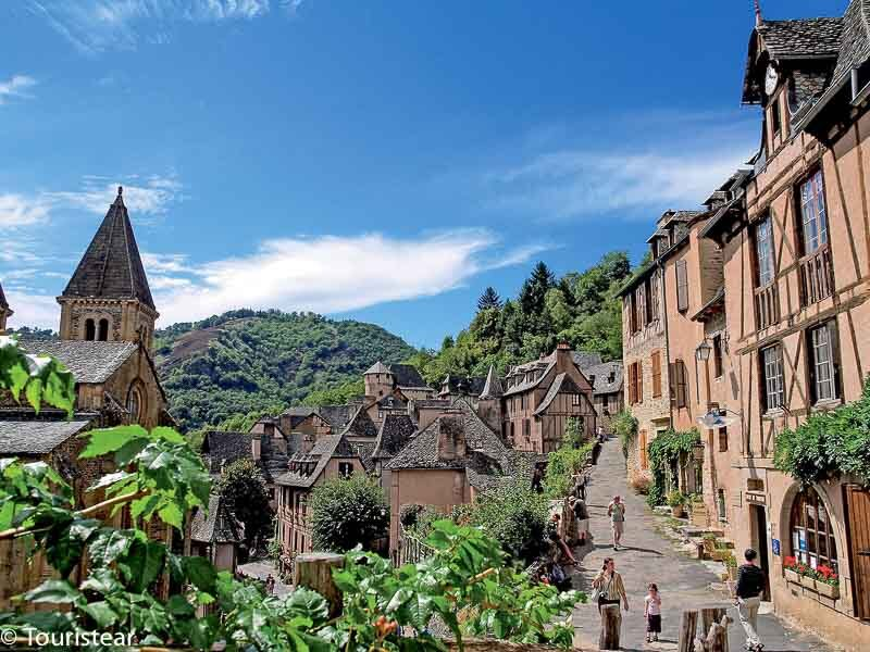 Conques, the most beautiful villages in France