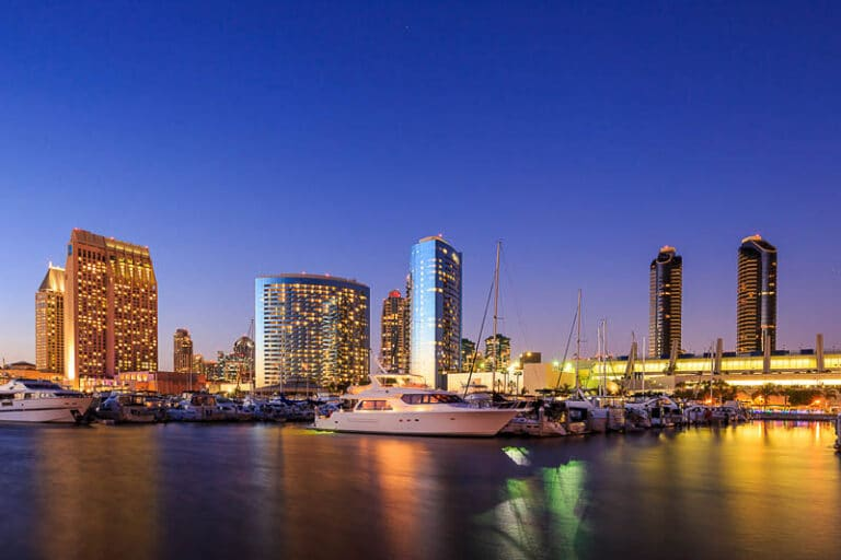 ¿Por qué los turistas prefieren alquilar un coche en San Diego?