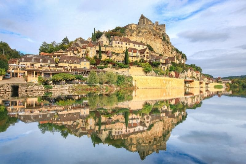 Beynac et Cazenac, the most beautiful villages in Dordogne and France