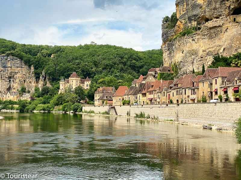 La Roque-Gageac, my favorite village in the Dordogne