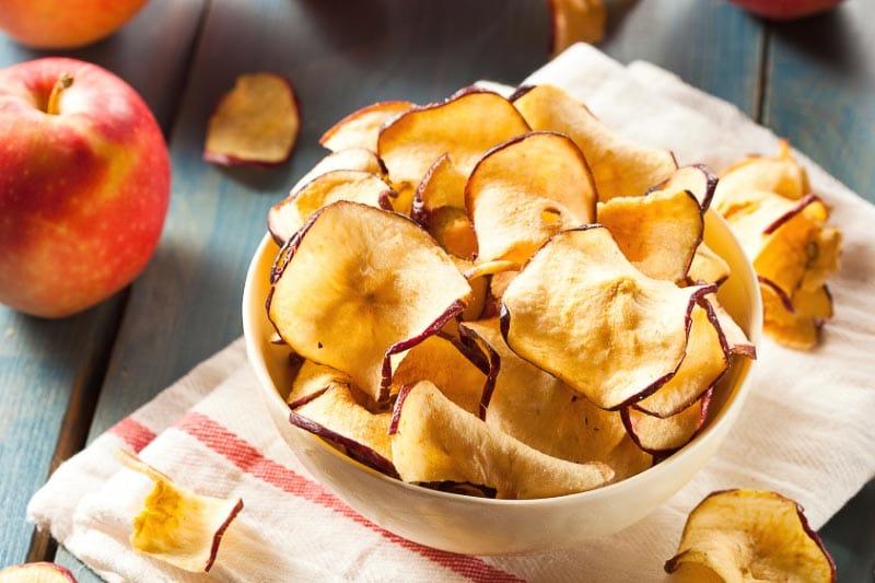 chips de manzana para picar en viaje carretera