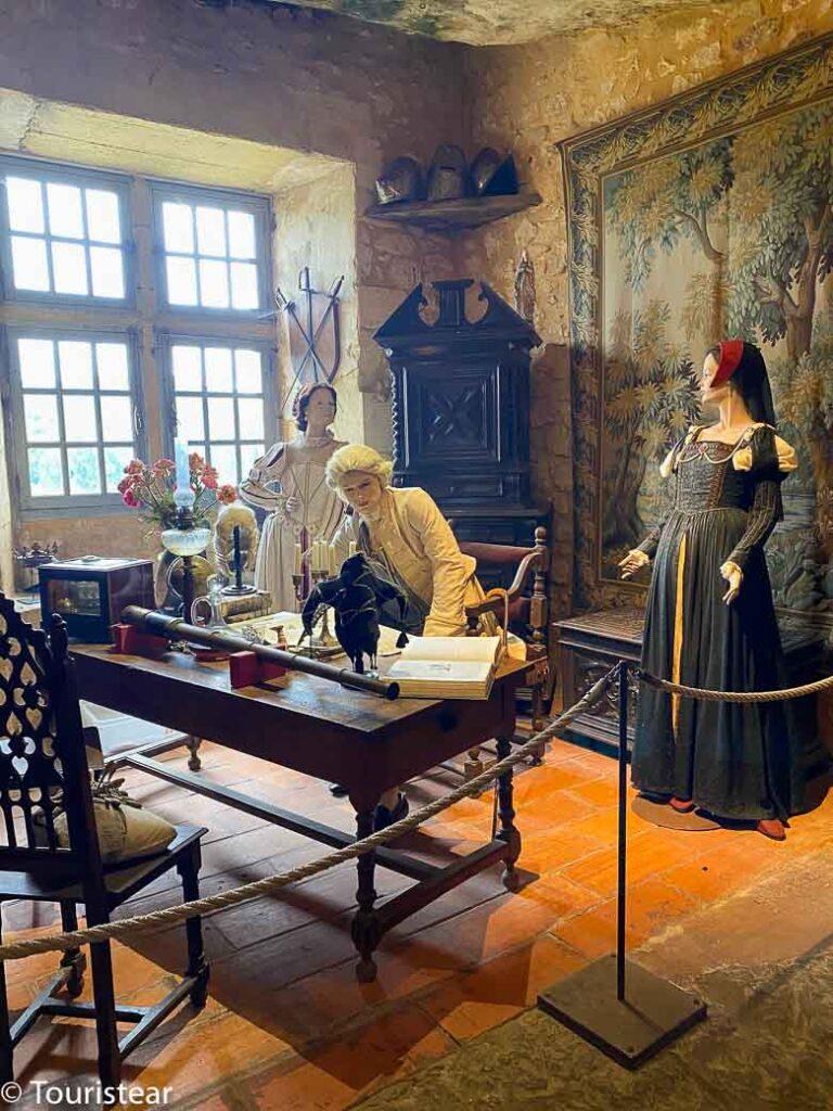 Visita La Maison Forte de Reignac, Dordoña